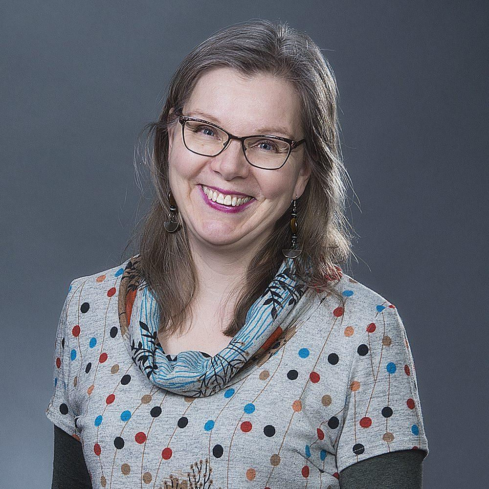 Kristiina Manninen,Psykoterapeutti (Valvira), Kela-oikeudet: perhe- ja pariterapia (kuntoutuspsykoterapia ja vaativa lääkinnällinen kuntoutus), Sosiaalityöntekijä, Työnohjaaja